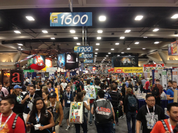 SDCC Thursday convention floor